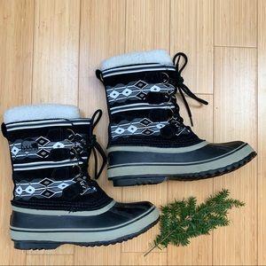 SOREL Caribou winter snow boots, 8. Southwestern.